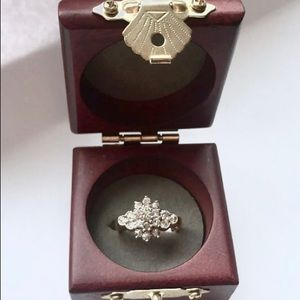 Jewelry - Solid gold genuine diamond ring NWT
